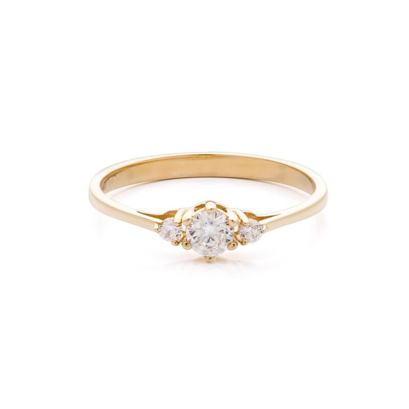 227329a3b Zlatý zásnubní prsten se zirkony