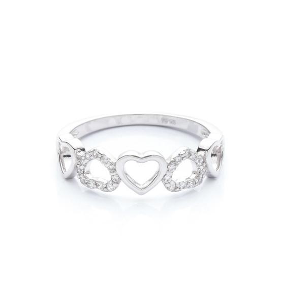 stříbrný prsten se srdíčky a zirkony