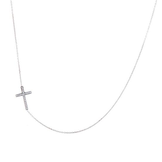 Náhrdelník z bílého zlata s křížkem se zirkony